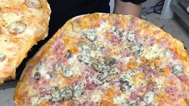 Pizzería La Tabla